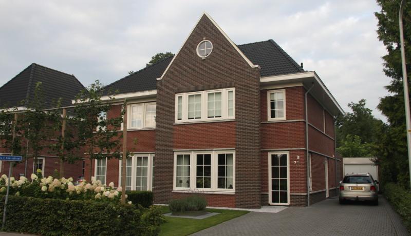 luxe 2/1-kap woning Lemelerveld architectuur