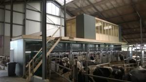 """Plaatsen melkrobot en het realiseren van een """"skybox"""" te Zeewolde"""