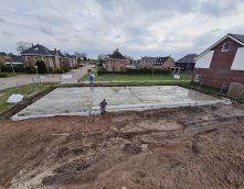 Gestart met de bouw van rij van 4 woningen in Kloosterhaar